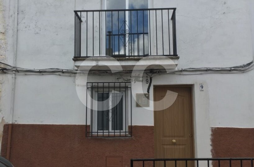 for-sale-townhouse-Montefrio, Spain